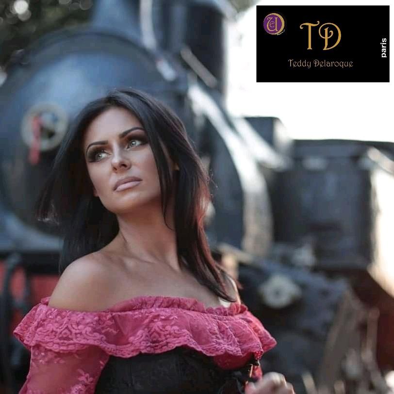 Eva Modeles Teddy Delaroque